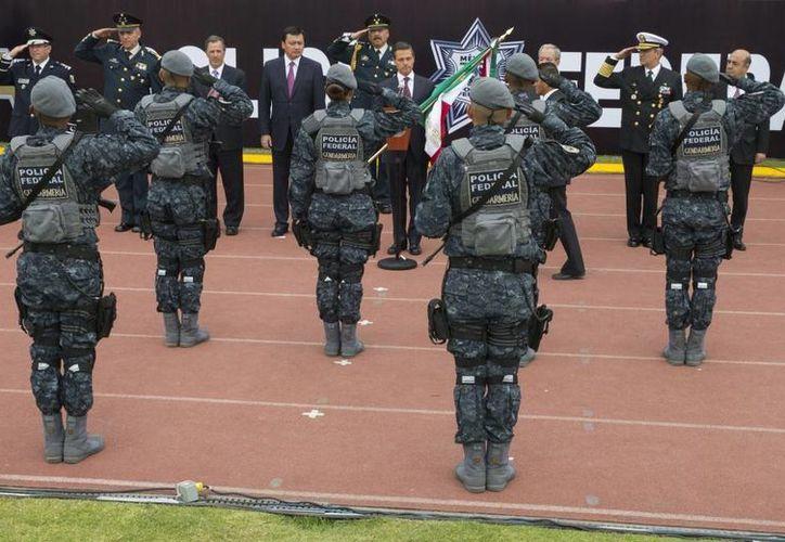 El presidente Enrique Peña Nieto encabezó el 22 de agosto la puesta en marcha de la Gendarmería Nacional. (presidencia.gob.mx)