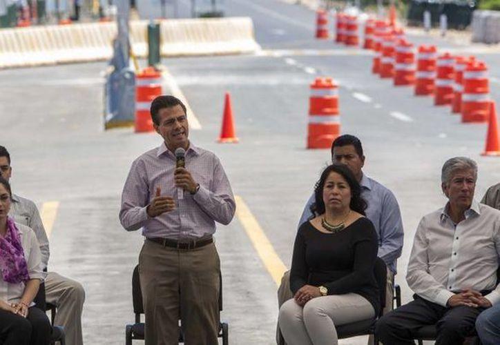 El presidente Enrique Peña Nieto presidió la inauguración del tramo carretero Jeréz-Tepetongo, en Zacatecas. (presidencia.gob.mx)