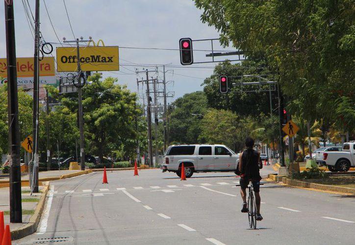 Al proyecto se sumó la prohibición de la vuelta a la izquierda sobre la Kabah, y las avenidas Andrés Quintana Roo con Xcaret. (Paola Chiomante)