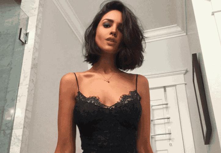 Eiza González muestra sus dotes como bailarina de salsa. (Foto: Instagram)