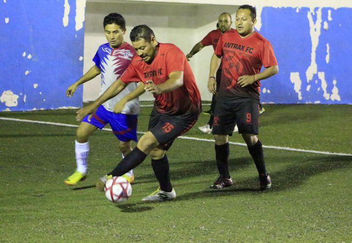Con el marcador 4-2, los 'venenosos' se impusieron a Generación Universitaria. (Miguel Maldonado/SIPSE)