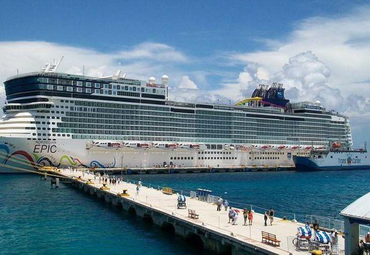 Reunión pública sobre 'Terminal marítima banco playa'. (Cruise Critic)