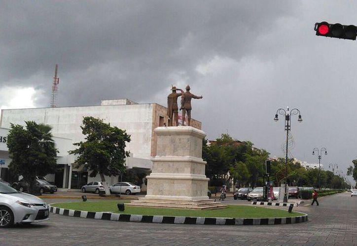 A pesar de las altas temperaturas, la probabilidad de lluvias por la tarde será una constante durante esta semana, en Yucatán. (Jorge Acosta/SIPSE)