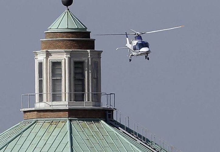 Benedicto XVI voló en helicóptero desde la residencia papal de Castel Gandolfo que ocupaba desde su renuncia. (Agencias)