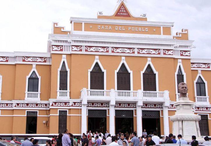 El PRI estatal iniciará 2016 con un programa de cuatro ejes. Imagen de la casa de pueblo, sede priista en Yucatán. (Milenio Novedades)