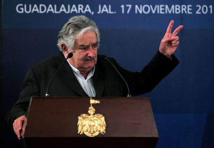 El Presidente de Uruguay, José Mujica, destacó que se buscará tomar medidas en el mercado interno para asegurar la inversión y que el proyecto sea económicamente viable desde su inicio. (EFE)
