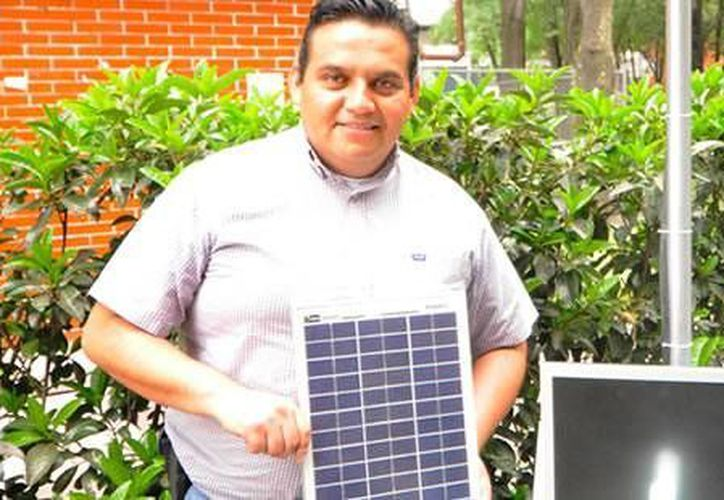 Fernando González Trejo, licenciado en Matemáticas, es el desarrollador del proyecto tecnológico. (Agencias)
