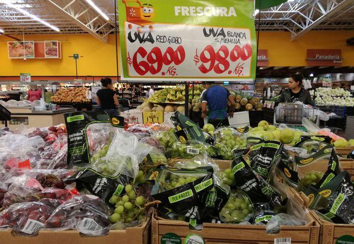 Inició el año con incremento en frutas, verduras y artículos de primera necesidad. (Adrián Barreto/SIPSE)