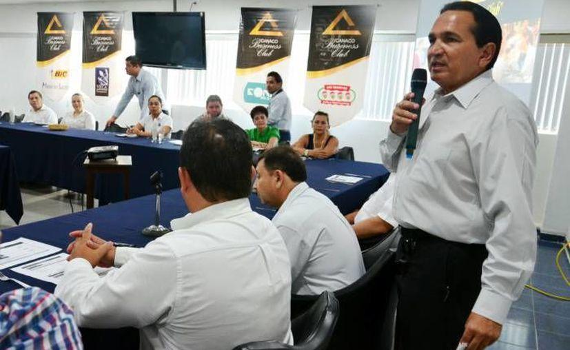 Una delegación polaca, que ya entabló pláticas con empresarios yucatecos, conocerán el sistema universitario de la entidad y las relaciones comerciales. (SIPSE)
