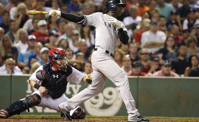 El bateador de los Yankees, Didi Gregorius, anotó la segunda carrera de su equipo, la cual le dio la vuelta al marcador contra los Medias Rojas, esta noche en Boston. (Archivo AP)
