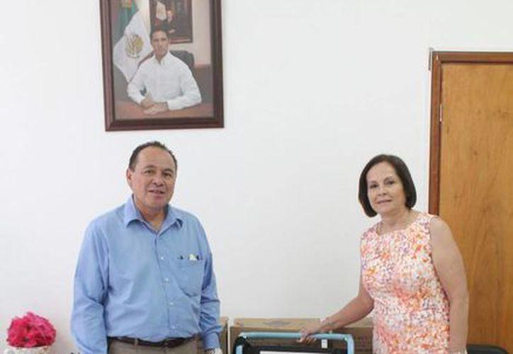 Agradecen a la Fundación Operación Bendición México por las donaciones. (Cortesía/SIPSE)