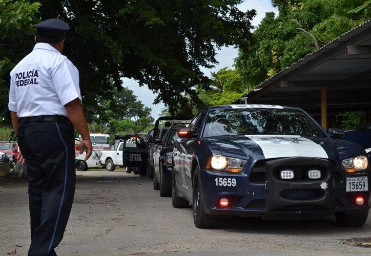 Autoridades realizan operativo para evitar accidentes en la temporada vacacional. (Harold Alcocer/SIPSE)