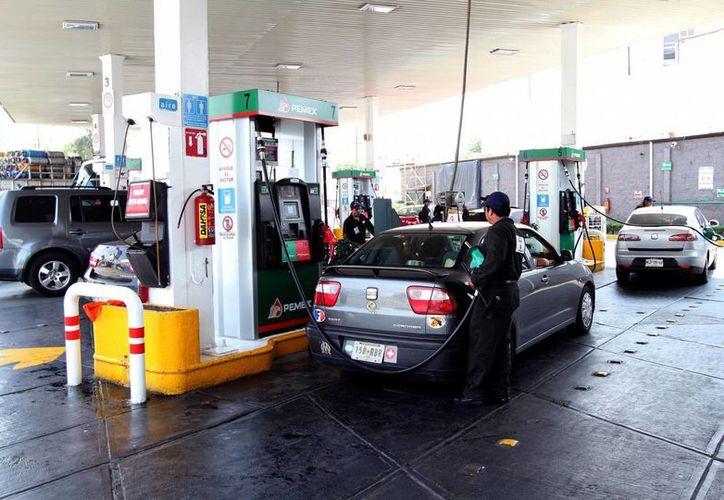 En lo que va del año, la gasolina Magna ha tenido un aumento del 9.7 por ciento. (Notimex)