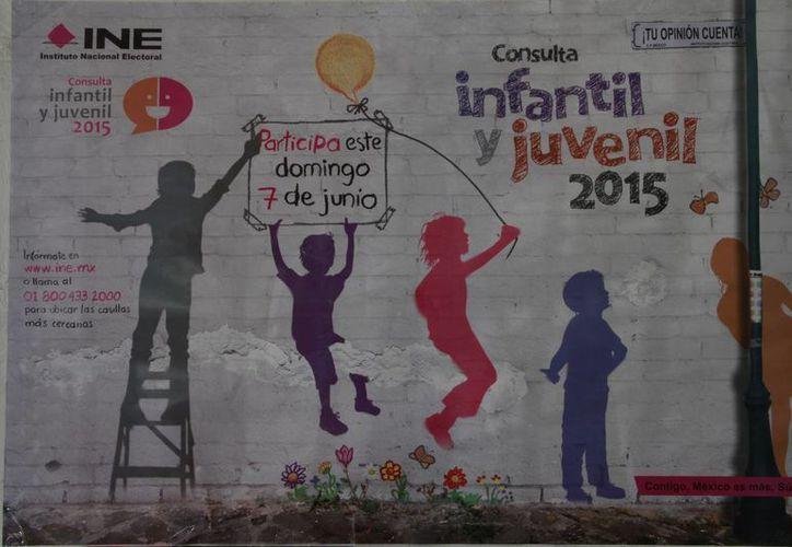 El INE promueve la consulta infantil y juvenil 2015. (Tomás Álvarez/SIPSE)