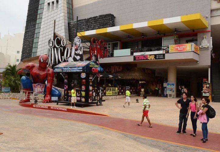 En lo que va del año, Cancún recibió más visitantes que el año pasado. (Victoria González/SIPSE)