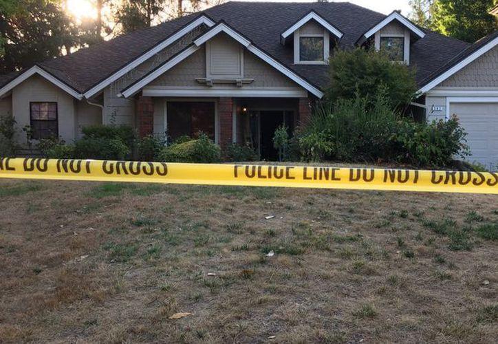 Un niño de dos años de edad perdió la vida en su domicilio al dispararse accidentalmente. (Foto: Twitter)