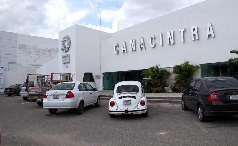 Los socios de la Canacintra levantan la voz en contra del SAT. Imagen de las oficinas de la organización empresarial. (Milenio Novedades)