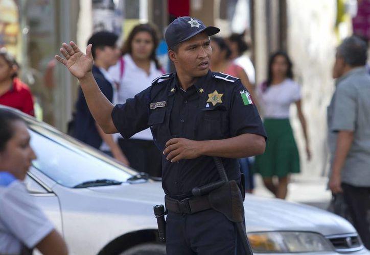 """El 44.7 por ciento de los meridanos considera a la autoridades como """"muy o algo efectivo"""" para resolver los problemas. (Archivo/ Notimex)"""