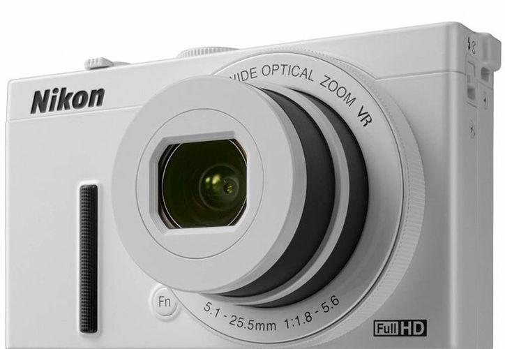 La nueva cámara compacta de gama alta de Nikon es la Coolpix 340 es muy moderna y con gran luminosidad. (Internet)