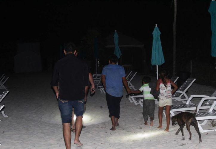 Se les pidió a los adultos que los menores serían llevados bajo el resguardo del DIF. (Octavio Martínez/ SIPSE)