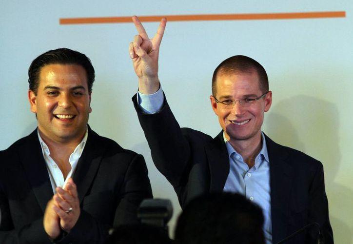 Imagen de Ricardo Anaya tras darse a conocer los resultados de la elección interna por la presidencia del PAN, en la cual resultó ser el ganador. (Notimex)