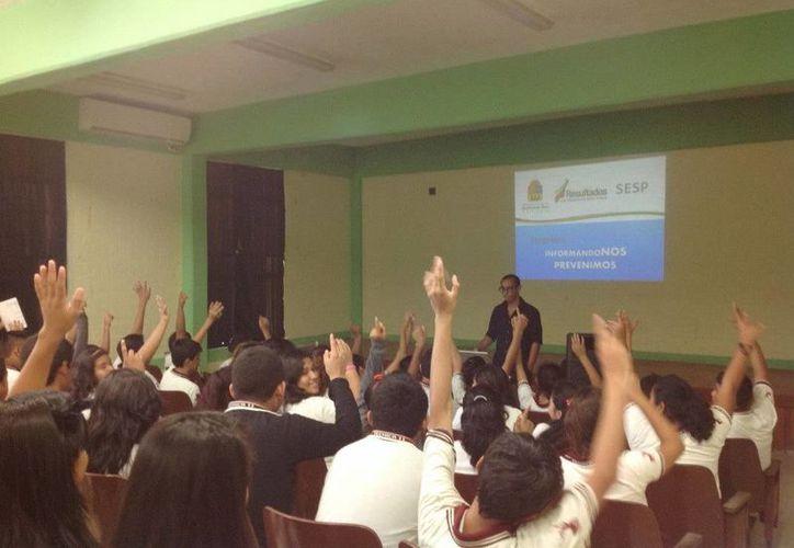 Las pláticas se ofrecerán a los alumnso del Colegio Boston en Cancún. (Redacción/SIPSE)