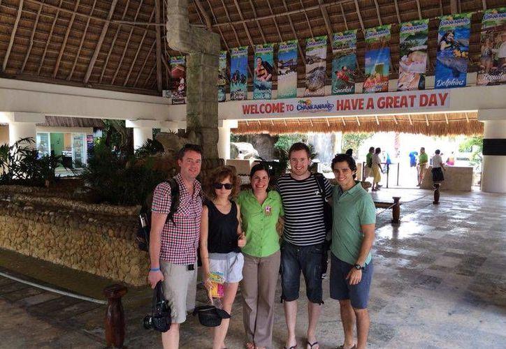 Los periodistas que visitaron este destino turístico. (Cortesía/SIPSE)