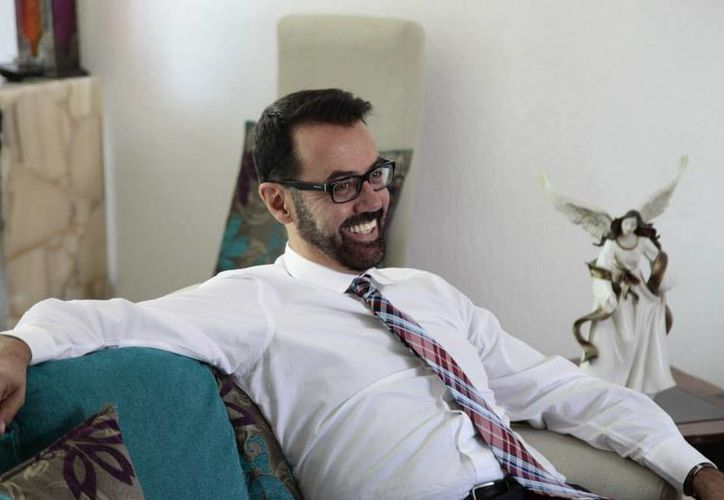 El productor teatral Carlos López Jiménez ofrecerá talleres los sábados 20 y 27 de febrero. (Redacción/SIPSE)