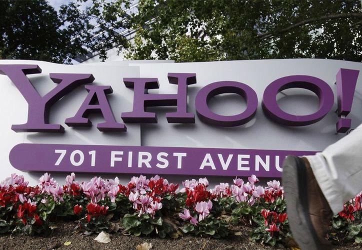 Yahoo fue multada con dos mil 700 millones de dólares. (Archivo/AP)