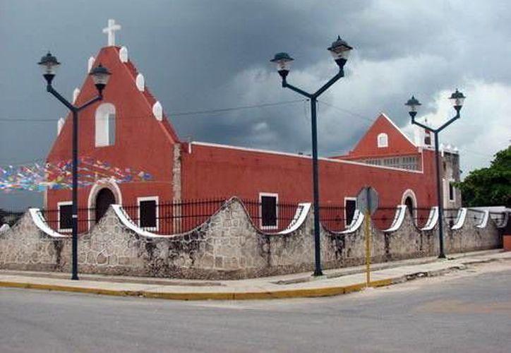 La parroquia de Sucilá (foto) tiene nuevo administrador. (Milenio Novedades)