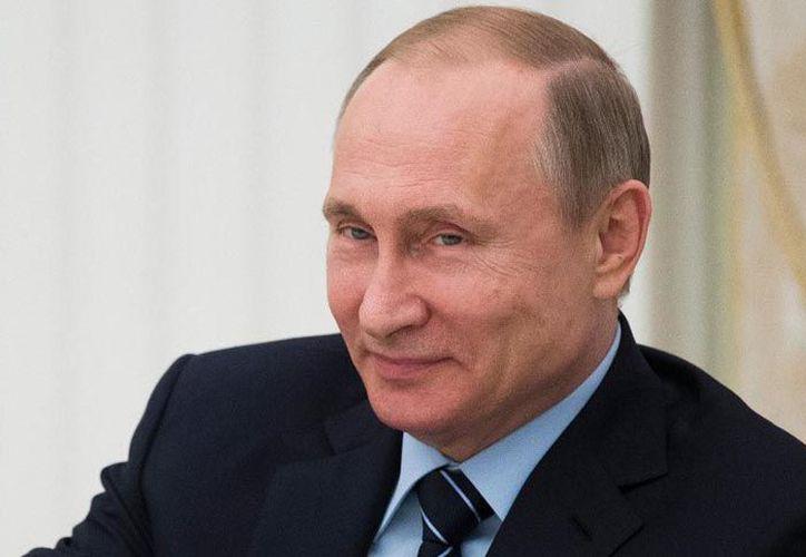 Vladimir Vladímirovich Putin, presidente de la Federación Rusa podría estar inmiscuido en el proceso electoral de México. (Contexto/Internet)