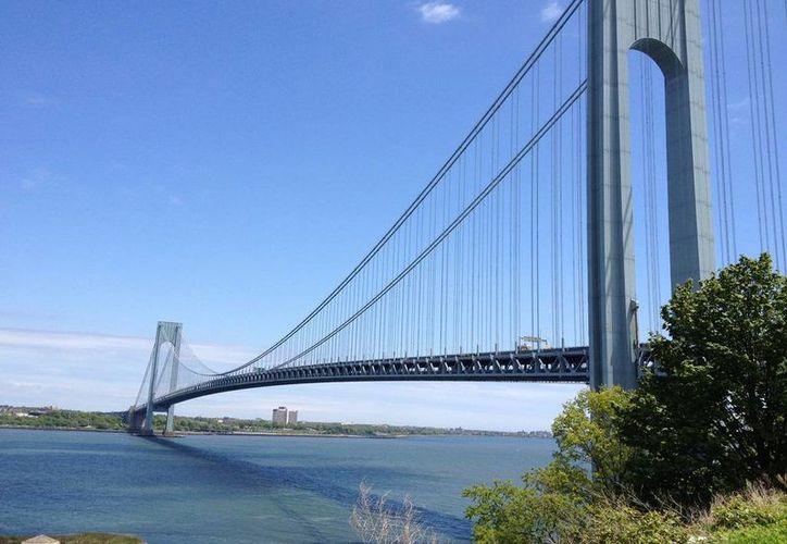 El puente de Verrazzano fue dedicado al explorador florentino Giovanni da Verrazzano. (megaconstrucciones.net)