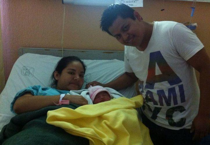 La familia Vargas Rodríguez celebró la llegada de su primogénita. (Redacción/SIPSE)