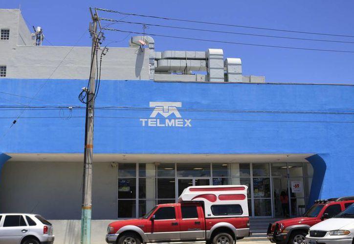 Los abogados acusan al Honorable Tribunal Unitario Agrario de tener preferencias hacía Telmex. (Harold Alcocer/SIPSE)