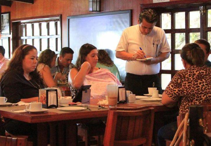 En Quintana Roo hay siete mil 714 unidades económicas de la industria restaurantera. (Claudia Martín/SIPSE)