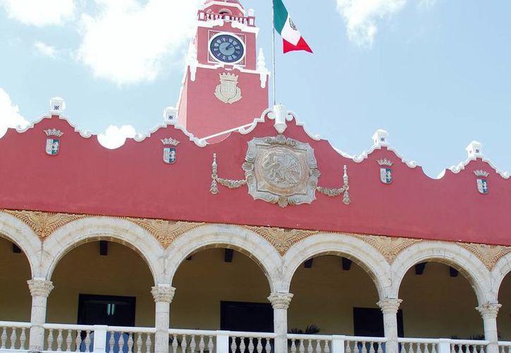En el reporte del primer bimestre de 2014 la consultora ARegional colocó al ayuntamiento de Mérida en el lugar 24 de su lista de transparencia, que incluyó a 66 municipios. (SIPSE)