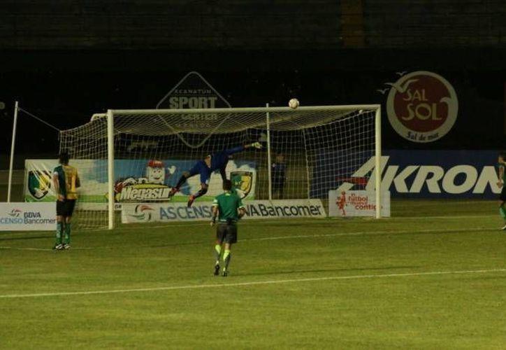 Rodrigo Íñigo, de Venados de Yucatán, fue uno de los cuatro jugadores sanciones en la Liga de Ascenso MX. (Foto de archivo de Milenio Novedades)
