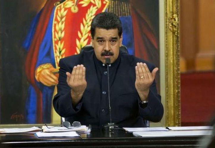 El gobierno de Perú advirtió en días pasados que impedirá el ingreso de Maduro a territorio peruano (AP).