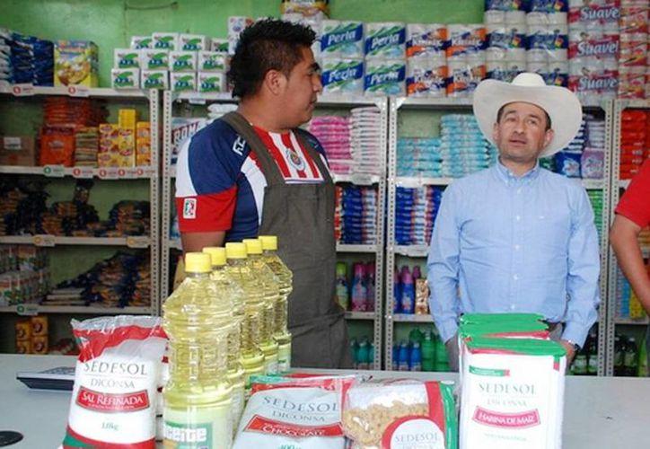Más de 700 tiendas comunitarias que se han abierto en el país, como parte de la Cruzada contra el Hambre. (@gobrep)