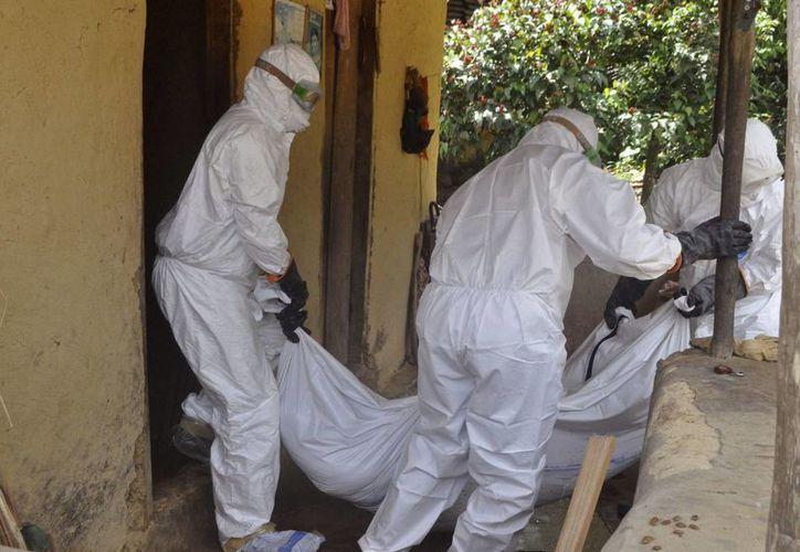 Hasta el momento, la enfermedad ha matado a más de cuatro mil 500 personas en África. (AP)