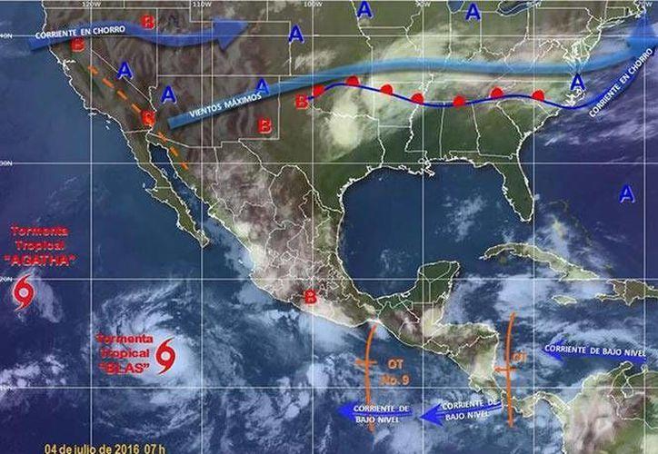 'Blas' se aleja de las costas del país, por lo que no se espera que impacte en el litoral Pacífico. (Excélsior)