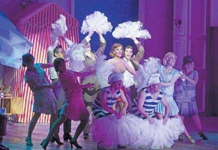 Imagen del musical La fierecilla tomada, la cual se presentará en el teatro San Rafael. (Clasos)