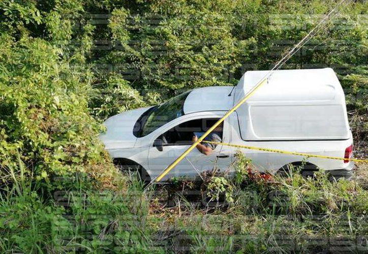Al arribar al lugar, las autoridades pensaron que se trataba de un accidente de tránsito. (Foto: Redacción/SIPSE).