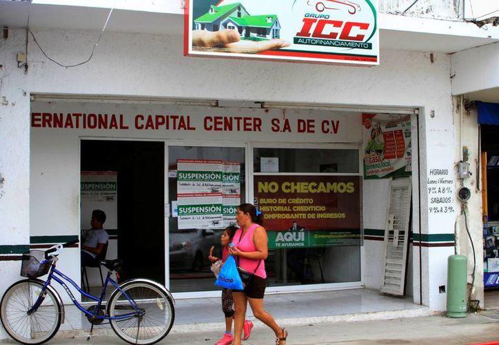 El año pasado la Profeco tuvo 40 denuncias en contra empresas que ofrecen préstamos en efectivo bajo contratos abusivos. (Ángel Castilla/SIPSE)