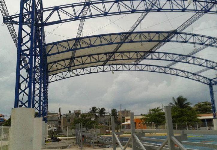 Continúan los trabajos de remodelación en el Domo Azul. (Lanrry Parra/SIPSE)