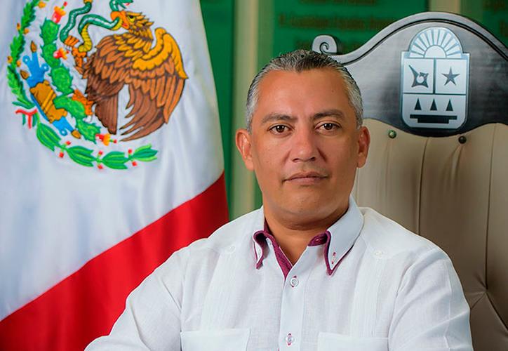Villanueva Tenorio expresó su voluntad de no formar parte de ninguna fracción parlamentaria. (Internet)