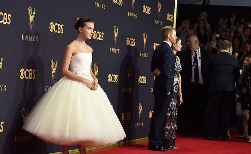 La joven actriz estará firmando autógrafos y se tomará fotos con sus fans durante la celebración. (Netflix/AP)