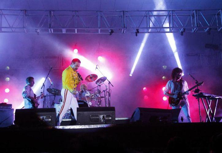 La banda argentina logró recrear el concierto en Wembley. (Juan Albornoz/SIPSE)