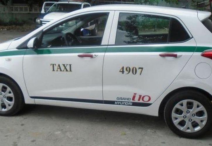 El conductor del taxi fue puesto a disposición de un juez calificador. (Foto: Redacción)