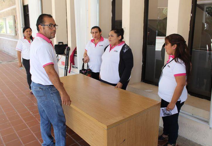 Trabajarán directamente con los ciudadanos que resulten sorteados para ser funcionarios de mesa directivas de casilla. (Joel Zamora/SIPSE)